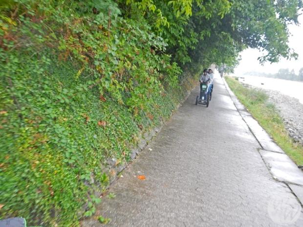 Segway am Rheinufer