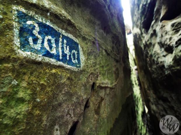 Im Felsenlabyrinth wird es manchmal sehr eng