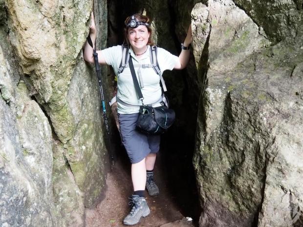 Für die Déwepetz Höhle ist eine Taschenlampe von Nöten