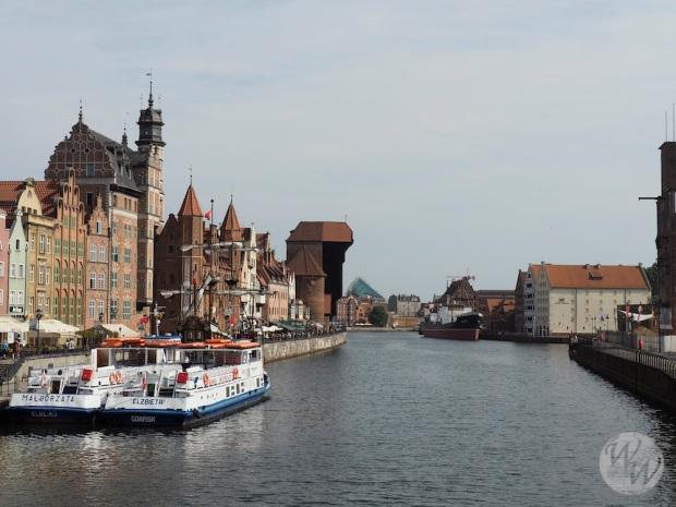 Stadtbild Danzig mit dem alten Krantor im Hintergrund